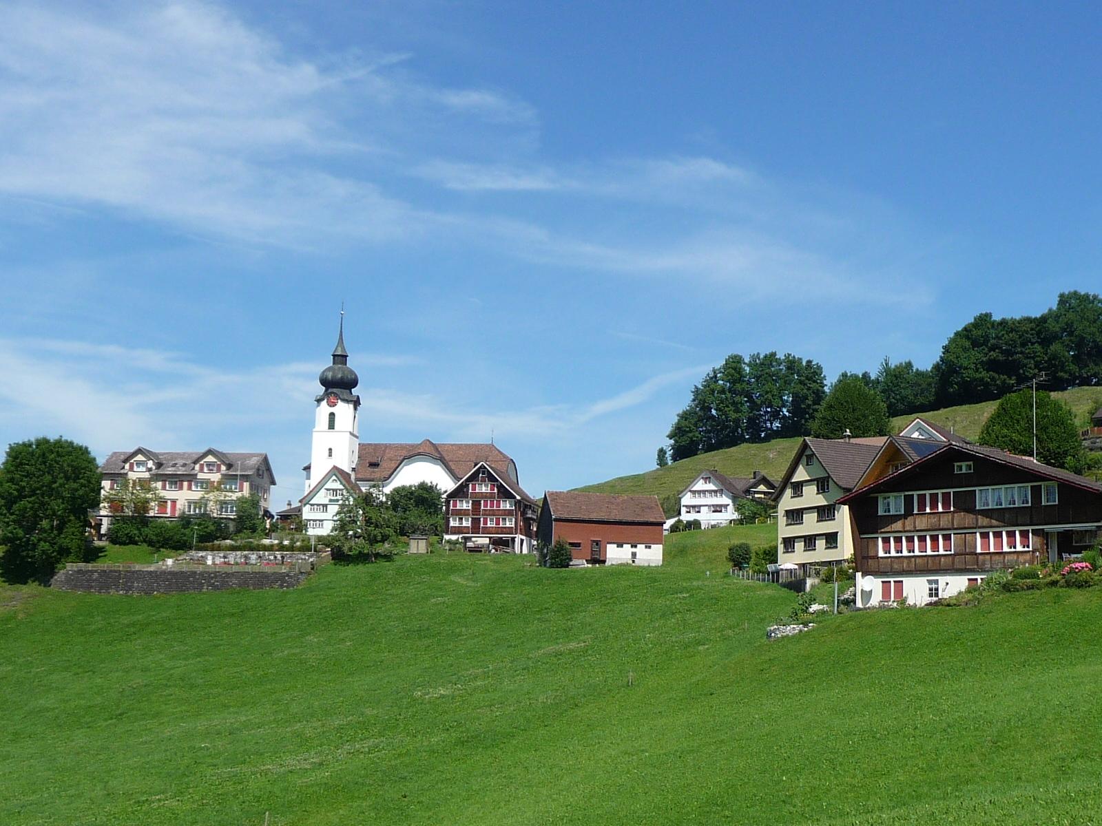 Schlatt im Bezirk Appenzell - Startpunkt des Pfeff ond Lischt Familienwanderweges.