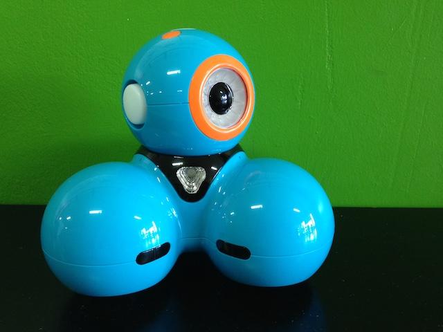 Mit Dash, einem Roboter für Kinder, lernen Kinder spielerisch die Programmiersprache.