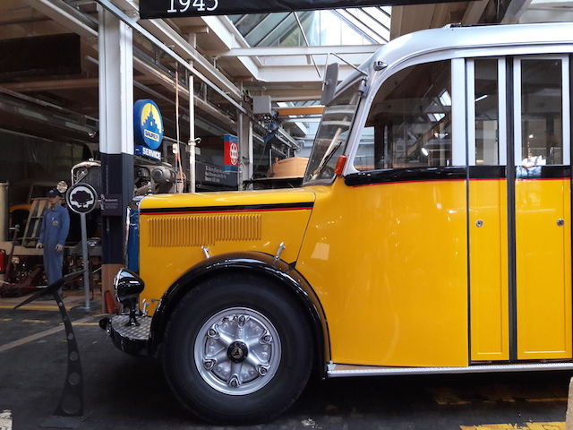 Ein Oldtimer Postauto zum bestaunen gibt es im Saurer Museum Arbon
