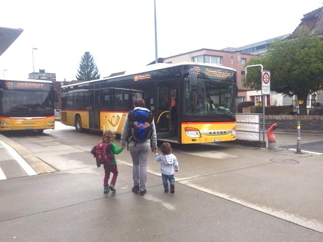 Die Anfahrt zum Atzmännig ist leicht mit dem öffentlichen Verkehr zu machen.