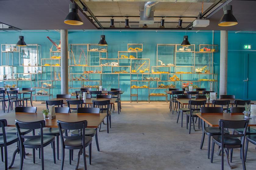 Im Restaurant des Baggermuseum Ebianum gibt es Snacks und Getränke.