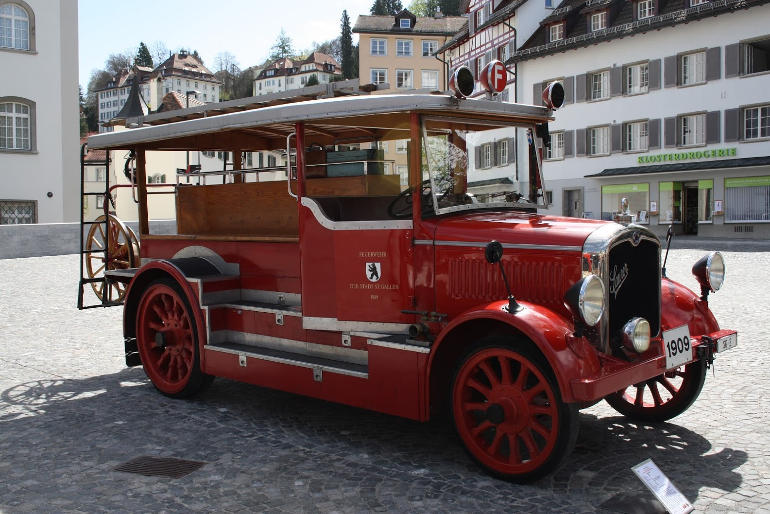Das Feuerwehrmuseum in St.Gallen präsentiert alles zum Thema Feuerwehr, inkl. Oldtimerfahrzeugen