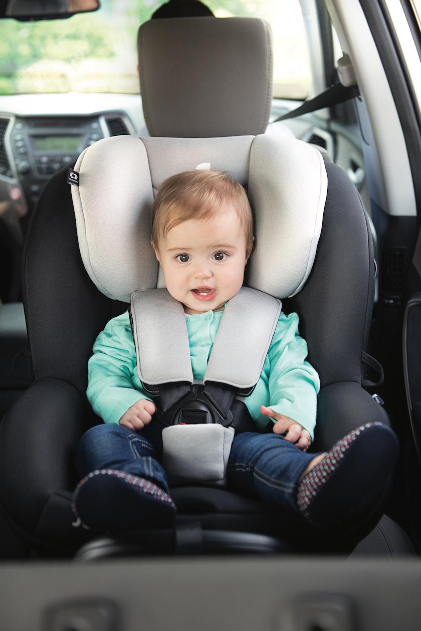Rückwärtsfahren im Auto ist für Kinder sicherer. Hier mein Tipp für eine Reboarderberatung in der Ostschweiz.