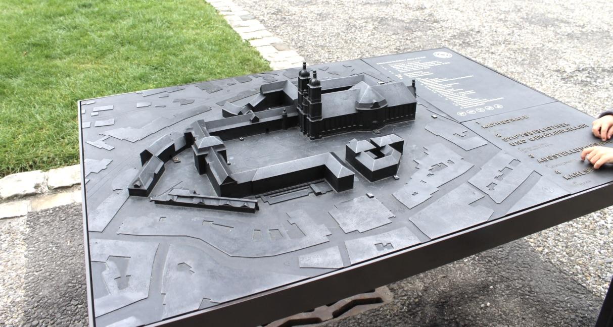 Modell des Stiftsbezirk St.Gallens zum anfassen