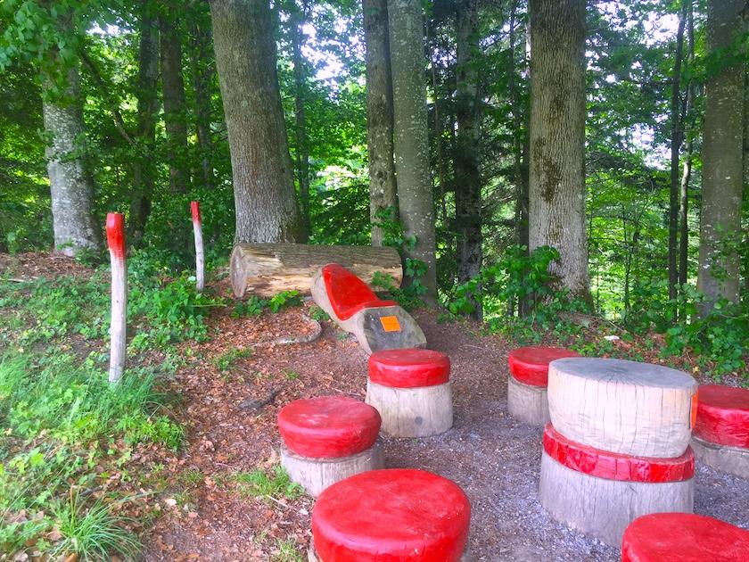 Picknickplatz im Sinnepark Ebnat-Kappel im Toggenburg.